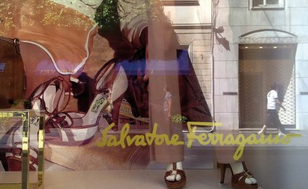 Ferragamo-ambient-scent-retail-store-scent-company-italia2